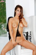 Eva Lovia Hot Assed Brunette Babe Gets Naked-06